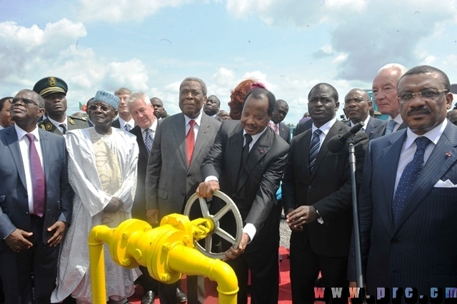 Inauguration_usine_de_production_gaz_naturel_Ndogpassi (14)